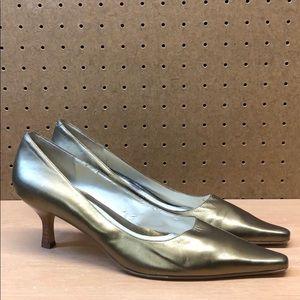 Bandolino Cibola Gold Leather Heels sz 8